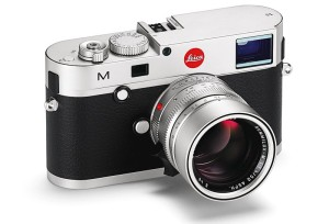 Jean-Louis Leca ne part jamais en voyage sans son Leica !